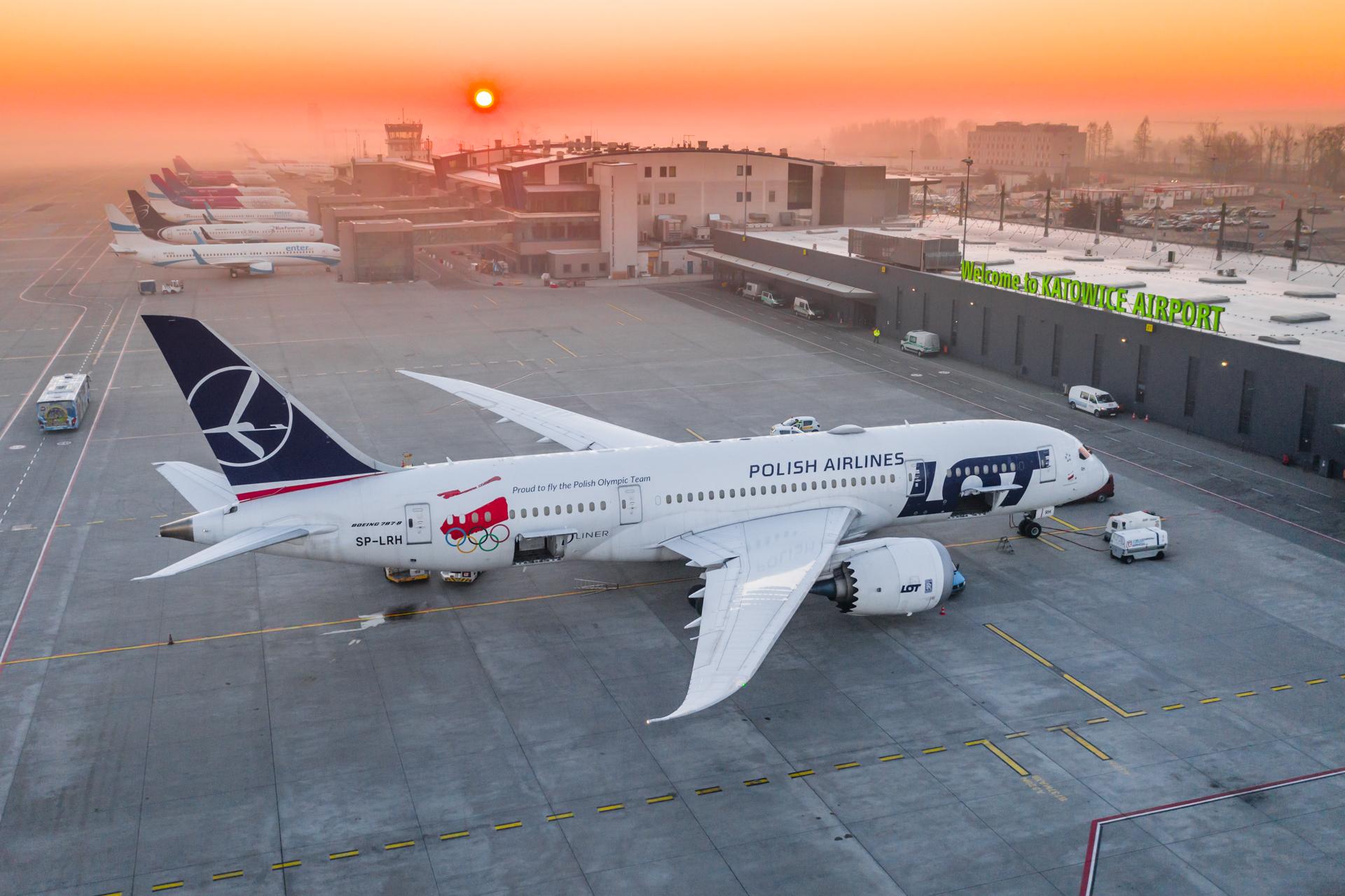 Z KATOWICE AIRPORT WYSTARTOWAŁY DALEKODYSTANSOWE POŁĄCZENIA CZARTEROWE DO MEKSYKU I DOMINIKANY