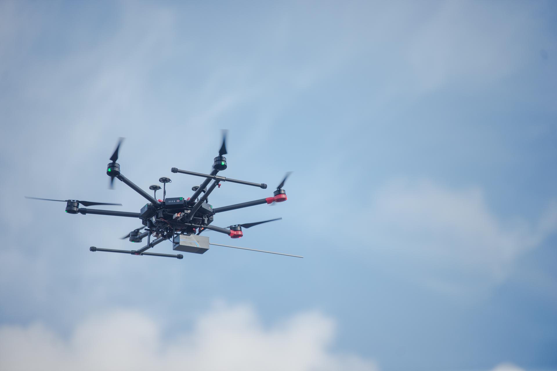 Drony w ochronie środowiska. Rozpoczynają się demonstracje zielonych usług